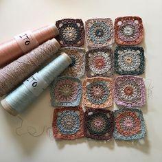Nyt tørklæde på vej. Jeg mangler jo også . #tønderingstrik #hækle #hækling #hæklettørklæde #crochet #crochetscarf #itoyarn #itokinu #itotesu
