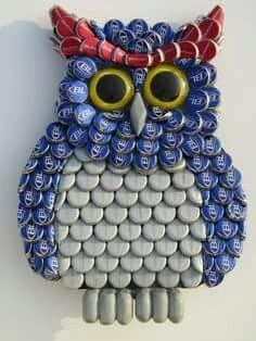Buho  hecho con latas