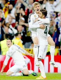 Toni Kroos, Sergio Ramos and James Rodríguez - Real Madrid vs Atlético de Madrid #UCL derby