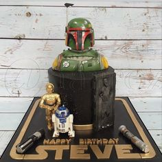 Amazing Star Wars cake - all edible!