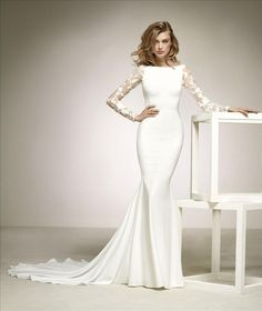 Brides on Thorndon are the premier New Zealand stockists of Pronovias wedding dresses, the leading international bridal designer worldwide, offering an extensive range of bridal gowns for every bride. Boat Neck Wedding Dress, Wedding Robe, Lace Wedding Dress, Western Wedding Dresses, Boat Neck Dress, Wedding Dresses 2018, Long Sleeve Wedding, Wedding Suits, Bridal Dresses