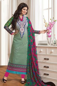 Pakistani Dresses Online Shopping, Online Dress Shopping, Churidar Suits, Anarkali Suits, Indian Wedding Outfits, Bridal Outfits, Saris, Costumes Anarkali, Bollywood