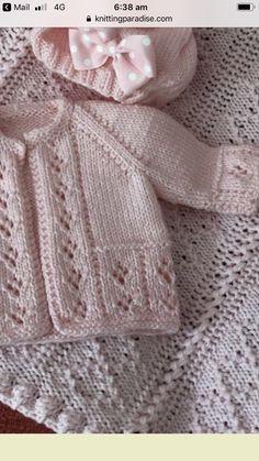 Baby Cardigan Knitting Pattern Free, Baby Boy Knitting Patterns, Baby Sweater Patterns, Knitted Baby Cardigan, Knit Baby Sweaters, Knitted Baby Clothes, Baby Hats Knitting, Crochet Patterns, Cardigan Bebe