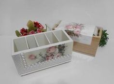 Porta controle Shabby Chic Kitchen Accessories, Handmade Crafts, Diy And Crafts, Decoupage, Remote Control Holder, Diy Wood Projects, Decorative Boxes, Scrap, Toys