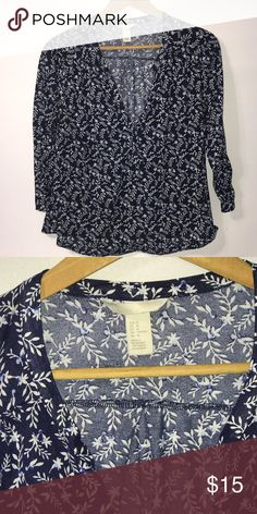 a777218a5cafb Dark blue floral top Super soft material and perfect for warm weather or  cooler with