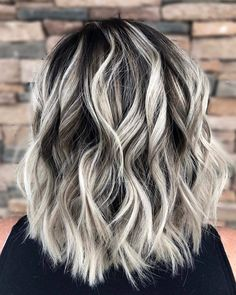 27 brilliant balayage hair color highlight for 2019 12 - White Ombre Hair, Brown Blonde Hair, Grey Blonde Hair Color, Gray Ombre, Hair Color Highlights, Hair Color Balayage, Biolage Hair, Blonde Biolage, Hair Color And Cut