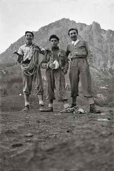 Le prime foto dell'Archivio Bonatti College Dudes, Notorious Conor Mcgregor, Mountain Photos, Mountain Climbers, Mountaineering, Rock Climbing, The Great Outdoors, The North Face, Deporte