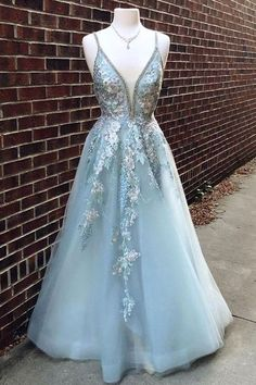 50 Fashionable Prom Dresses Ideas For 2019