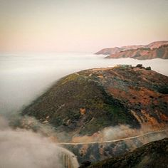 #BigSur - @chefjohnshields here's a rare view of the modernist glass house atop the hill above the #BixbyBridge. #calocals - posted by NOMAKASE https://www.instagram.com/nomakase - See more of Big Sur, CA at http://bigsurlocals.com