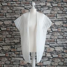 FREE Carefree Cardi crochet pattern I have been so so excited to release this beautiful free carefree cardi crochet pattern with you all. It is something i had in mind to make for quite a few weeks now, once i designed it i sent it out to m testers so that it could be thoroughly …