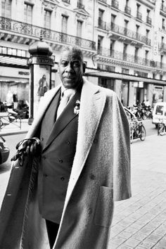 André Leon Talley (born October 16, 1949) is the former American editor-at-large for Vogue magazine, listed as Contributing Editor in the April 2010 masthead. Talley has been a front-row regular at fashion shows in New York, Paris, London and Milan for more than 25 years....
