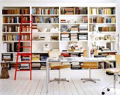What a brilliant bookshelf.