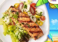 Cuban-Style Grilled Salmon : Marinate lean salmon fillets in a cumin-cayenne mixture then lightly grill for a healthful dinner in just 30 minutes. Grilled Salmon Recipes, Fish Recipes, Seafood Recipes, Paleo Whole 30, Whole 30 Recipes, Healthy Diet Recipes, Healthy Eating, Recetas Whole30, Cena Paleo
