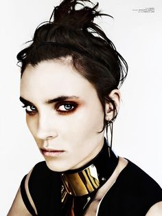 Fashion Editor: Juliana Schiavinatto. Alison Nix is Strange and Beautiful in Pulp #5 by Arkan Zakharov