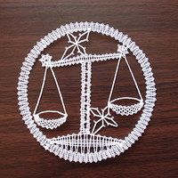 Bobbin Lace Patterns, Lacemaking, Crochet Art, Zodiac Signs, Tatting, Diy And Crafts, Silver, How To Make, Jewelry