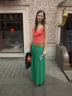 5 - Fashion on the Streets - Saint Petersburg -  cheerful colors