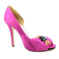 Buy Ladies Shoes in Online from Lusso Shoes, Australia. Premium quality shoes for formal & informal occasions.Shop fantastic range of affordable ladies shoes. Semi Formal Wear, Shoe Wardrobe, Shoes World, Latest Shoes, Pumps, Heels, Platform Shoes, Comfortable Shoes, Shoes Online