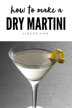 Dry Martini A classic vodka or gin cocktail that is so easy to make. Learn how to make a dry martini with this recipe. Pink Martini, Dry Martini Cocktails, Best Gin Cocktails, Cocktail Recipes, Spring Cocktails, Classic Cocktails, Summer Drinks, Cocktail Drinks