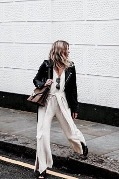 jumpsuits-for-women - Womens Fashion 2 Fashion Me Now, Fashion Moda, Womens Fashion, Fashion Fashion, Fashion Office, Fashion Design, Fashion Blogger Style, Dress Code, Looks Style