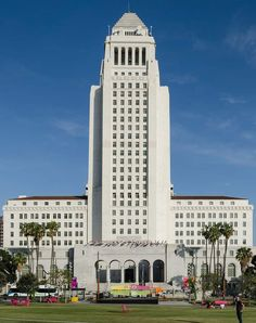 Downtown LA is a great place to learn about the rich history of Los Angeles. To get you started, here is the list of the best things to do in downtown LA. La With Kids, The Last Bookstore, Angel Flight, Grammy Museum, Los Angeles California, Southern California, City Of Angels, Downtown Los Angeles, Beautiful Buildings