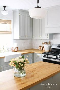 Supreme Kitchen Remodeling Choosing Your New Kitchen Countertops Ideas. Mind Blowing Kitchen Remodeling Choosing Your New Kitchen Countertops Ideas. Grey Kitchen Cabinets, Kitchen Redo, Kitchen Ideas, Butcher Block Countertops Kitchen, Kitchen Modern, Buther Block Counter Tops, Wood Cabinets, Kitchen Colors, Kitchen With Wood Countertops