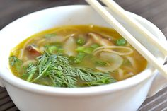 healthy vegetarian pho recipe. Going to try this with miracle noodles!