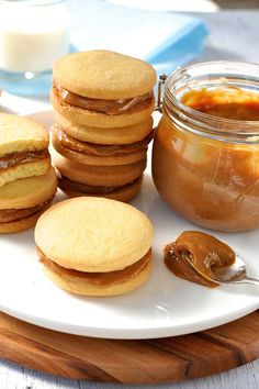 Three-Ingredient Shortbread Cookie Sandwich with Dulce De Leche Filling | Community Post: 21 Amazing Ways To Eat Shortbread Year-Round