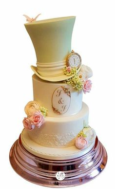 My lovely cakey friend., Nina Shaw's first wedding cake! How beautiful is this? ❤