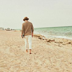 Take a walk on the ocean just like Frank did by entering our #LiveLikeFrank contest and a chance to win a iconic vacation! More details, https://fontainebleau.com/livelikefrank Photographer: Michael Pisarri, https://www.facebook.com/PisarriProductions