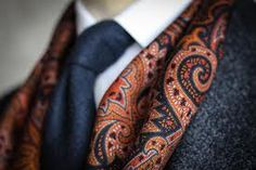 Gieves&Hawkes scarf detail