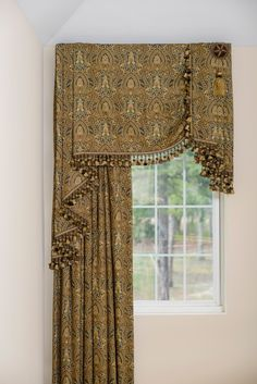 Flat Valance and Drapery - 2 Story Curtains And Draperies, Hanging Curtains, Drapes Curtains, Valances, Burlap Curtains, Custom Drapes, Custom Windows, Rideaux Design, Drapery Designs