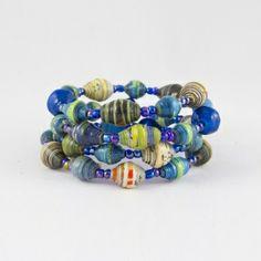 ARMBAND SPIRAL. Blå multicolour i gruppen ÅTERANVÄNT & ÅTERVUNNET / Smycken hos JDOTS