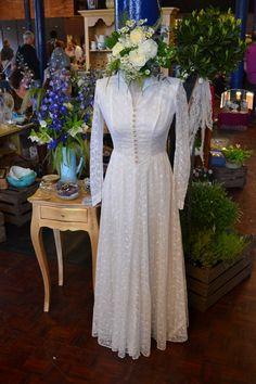 Trencherfield-Mill-vintage-wedding-dress