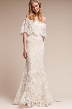 What a dreamy off the shoulder wedding gown. This wedding dress would be so beautiful for a summer outdoor wedding. It's boho, classy, and fun at the same time! Bohemian Wedding Dresses, Fall Wedding Dresses, Casual Wedding, Perfect Wedding Dress, Cheap Wedding Dress, Wedding Gowns, Bhldn Wedding, Lace Wedding, Chic Wedding
