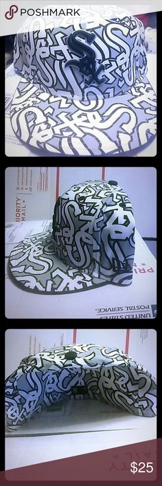 Chicago White Sox Fitted New Era Cap SZ 7 3/8 58.7 CM New Era Accessories Hats