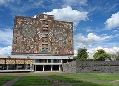 Ciudad Universitaria es patrimonio cultural de la humanidad de la UNESCO. The University is a World Heritage Site.
