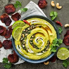 Spicy coconut green curry hummus