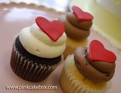 Food   Illustration   Description   I LOVE these sweet, little cupcakes with fondant hearts!    – Read More –
