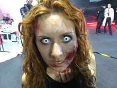 #zombie #umbrella #cartoomics 2014