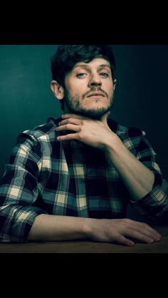 A news, media and resource page for Olivier-award winning Welsh actor and singer Iwan Rheon. Hot Actors, Actors & Actresses, Iwan Rheon Misfits, Aidan Gillen, Game Of Thrones Tv, Nikolaj Coster Waldau, My Future Boyfriend, My Hairstyle, Valar Morghulis
