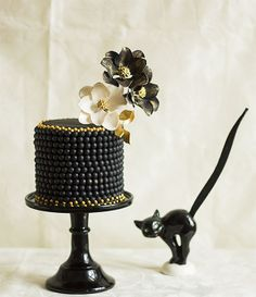 black pearl cake