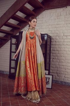 LALEH 11 Spring Festive 2019 by Zonia Anwaar - chambeili Bridal Shadi Dresses, Pakistani Formal Dresses, Pakistani Dress Design, Pakistani Couture, Pakistani Fashion Party Wear, Pakistani Wedding Outfits, Indian Fashion, Dress Indian Style, Indian Dresses