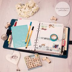 Filofax Eye Candy - Inspiration & Ideas for Filofaxing / Page Decorating and free Printables ... The Mintgreen Polkadot