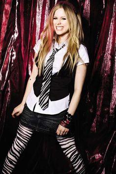 Avril Lavigne's Abbey Dawn Photoshoot 2009                              …