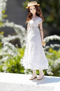 Smile Bride // Momoko doll // I love these dolls, but they are so expensive!