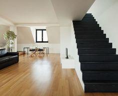 #دکور #دکوراسیون #طراحی_دکوراسیون #طراحی_دکوراسیون_داخلی #دکوراسیون_داخلی #معماری #اجرا_دکوراسیون_داخلی Stairs, Construction, Home Decor, Building, Stairway, Decoration Home, Staircases, Room Decor, Stairways