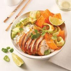 Je Cuisine: - Poke bowl viet au poulet caramélisé Acai Recipes, Diet Recipes, Healthy Recipes, Chicken Recipes, Healthy Drinks, Healthy Cooking, Healthy Eating, Poke Bowl, Nachos