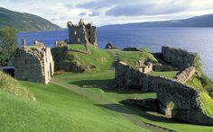 Google Image Result for http://www.heartofscotlandtours.co.uk/images/UrquhartCastle_large.jpg