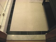 1in hex tile with gray grout and black border tile by pearlie