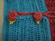 Crochet. Puff flower button. And i like it :D